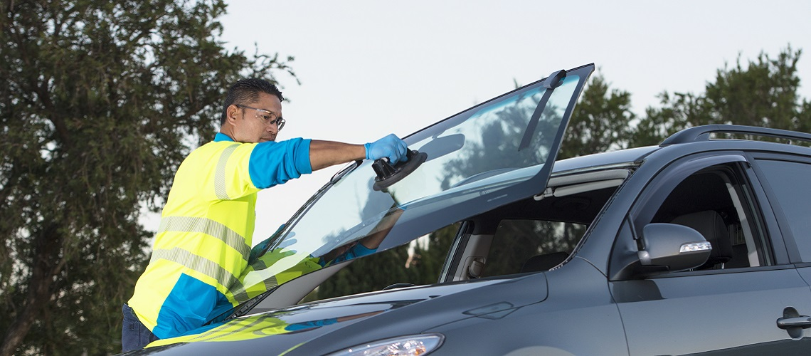NRMA auto glass windscreen replacement