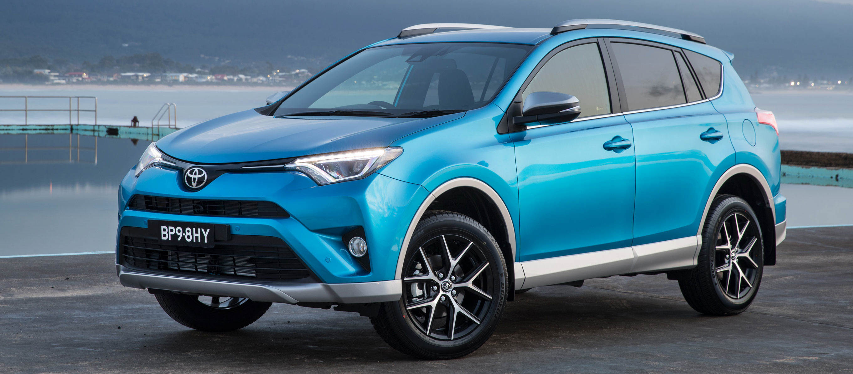 2016 toyota rav4 gx awd suv car reviews the nrma. Black Bedroom Furniture Sets. Home Design Ideas