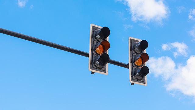 amber traffic lights driver training the nrma