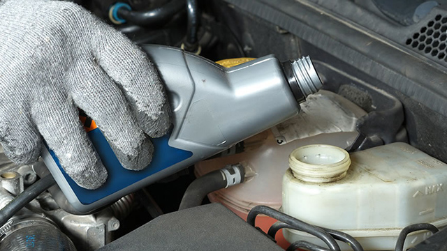 Checking brake fluid