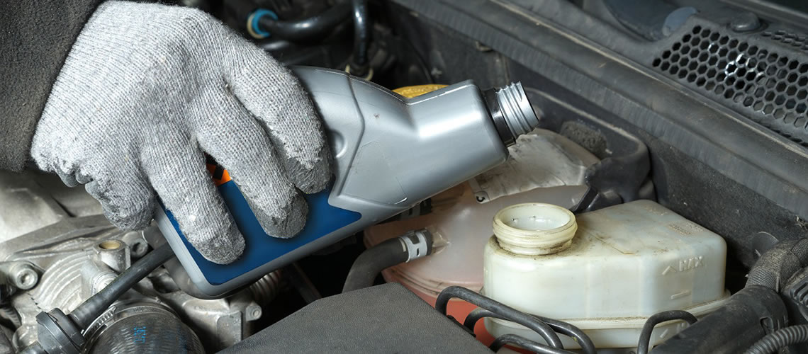 brake-fluid-checking