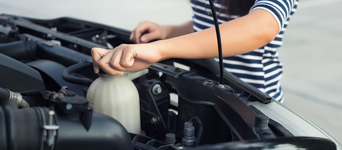 How To Check You Car S Coolant Levels Car Servicing The Nrma