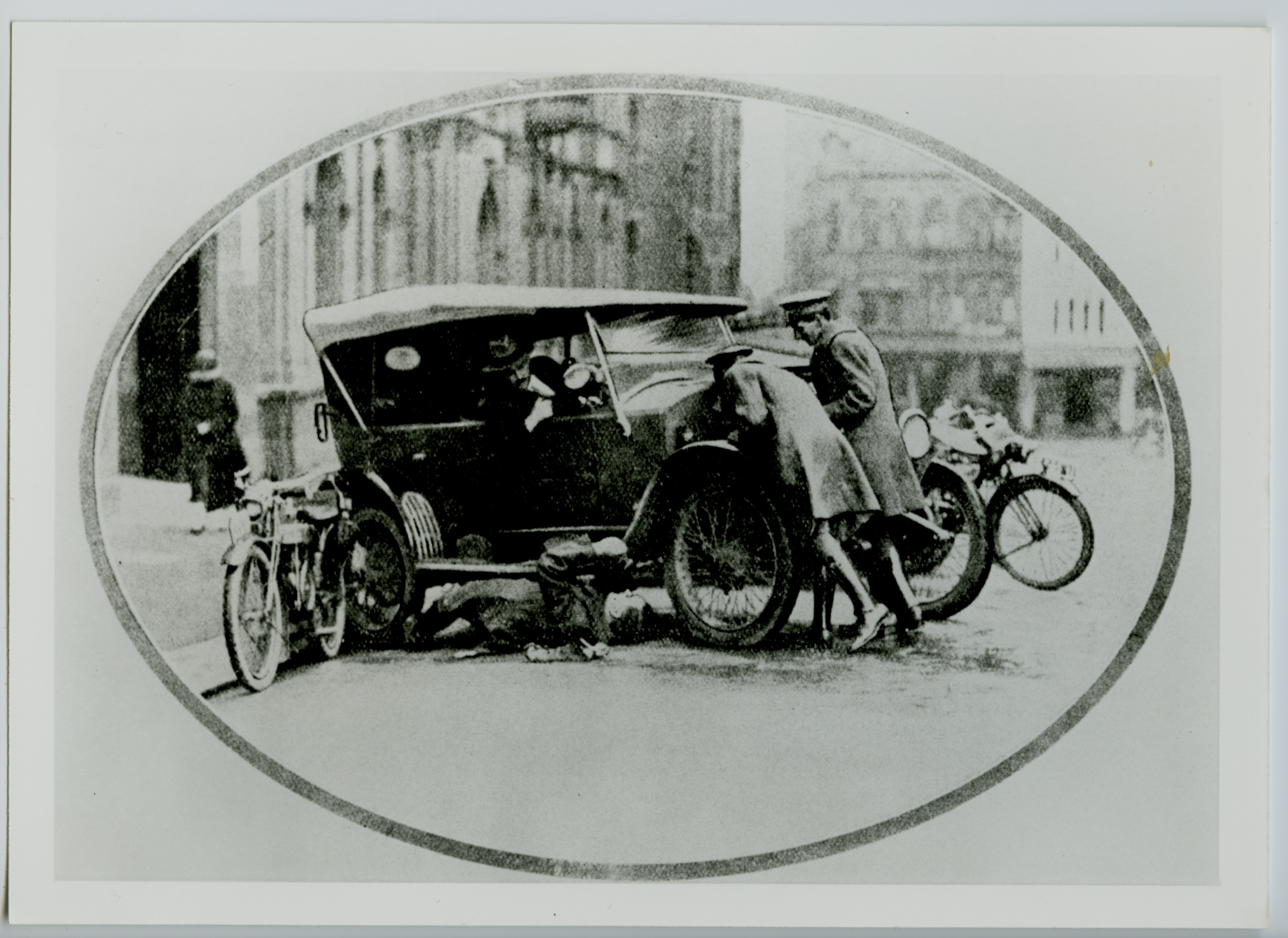 Earliest known image of NRMA road service circa 1920
