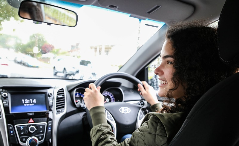 Safer Drivers Course in Sydney and NSW | Driver Training | The NRMA