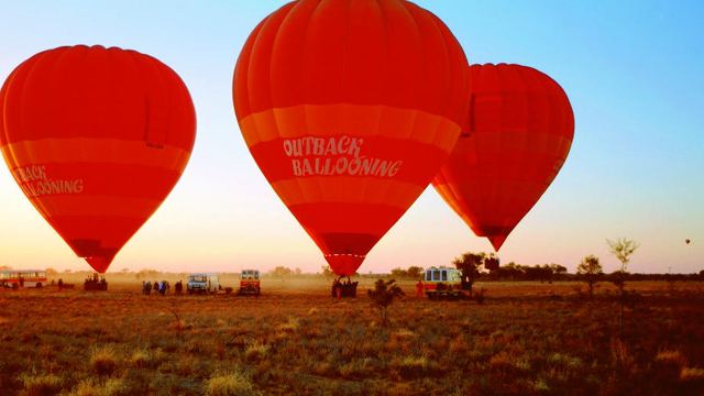 60-Minute-Scenic-Hot-Air-Balloon-Flight-including-Sparkling-Wine
