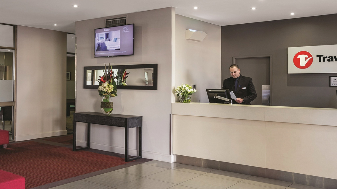 Reception Travelodge Newcastle NSW
