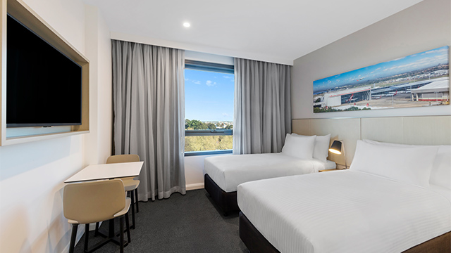 Guest Room Twin Travelodge Sydney Airport NSW