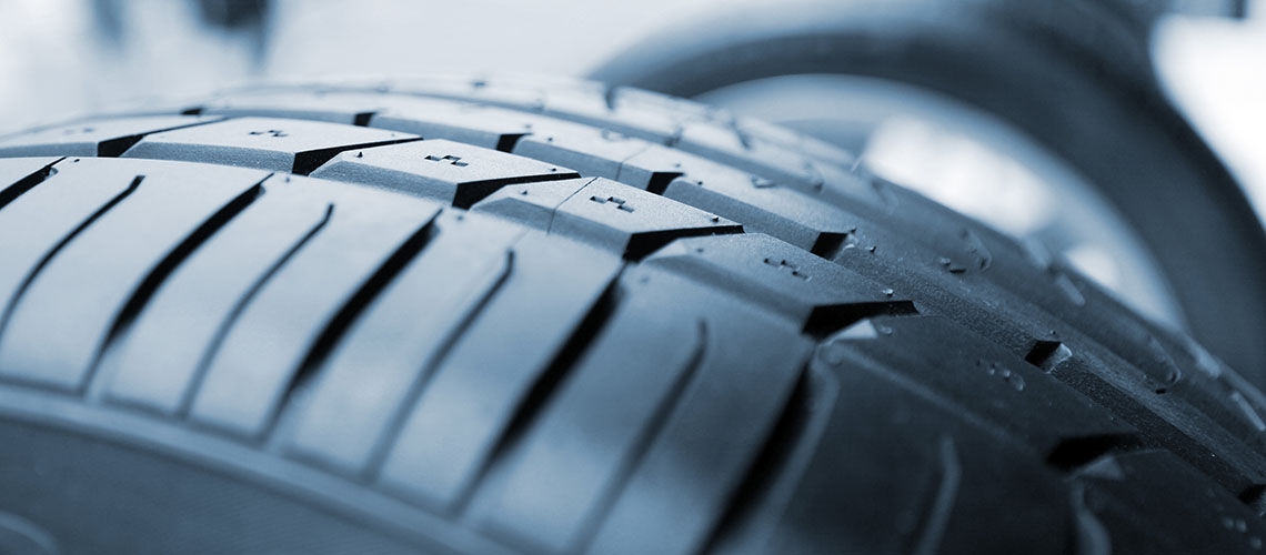 Car tyre tread