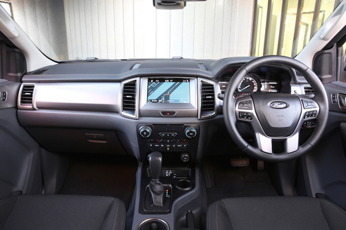 Ford Everest Trend RWD interior