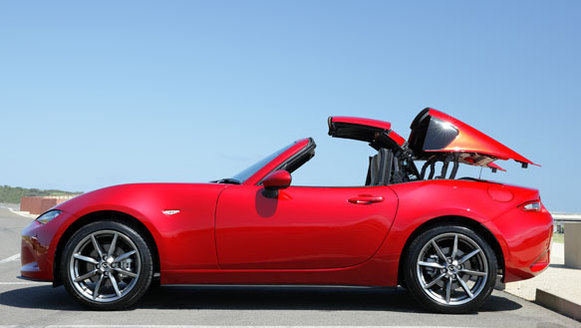 Mazda MX 5 GT red exterior roof