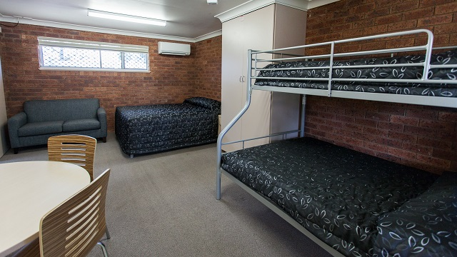 Kitchen and Bedding Dubbo City Holiday Park NRMA Holiday Parks and Resorts NSW