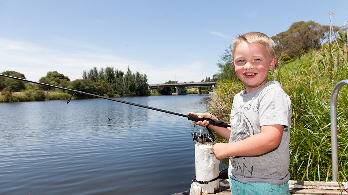 Fishing Bairnsdale Riverside Holiday Park NRMA Parks and Resorts VIC