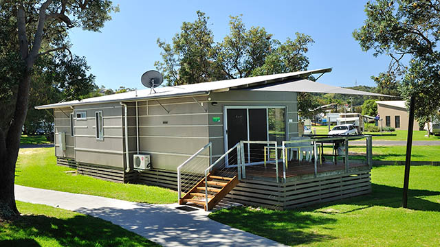 exterior villa Eastern Beach Holiday Park Victoria my nrma local guides