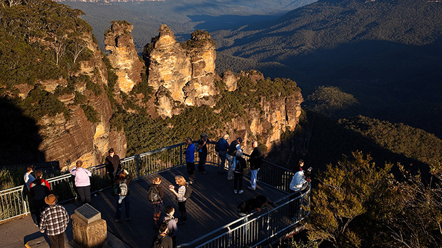 Three Sisters Sydney to Blue Mountains my nrma road trips