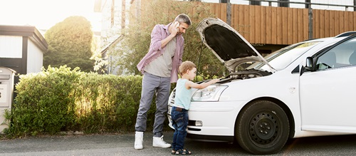 father child car breakdown